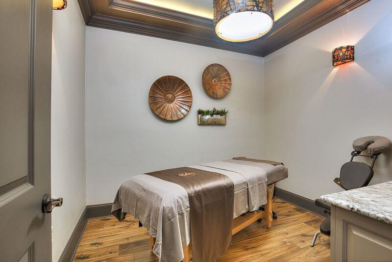 Large, bright and sweet space with modern equipment in the salon may bring you great and comfortable time when enjoying our services.